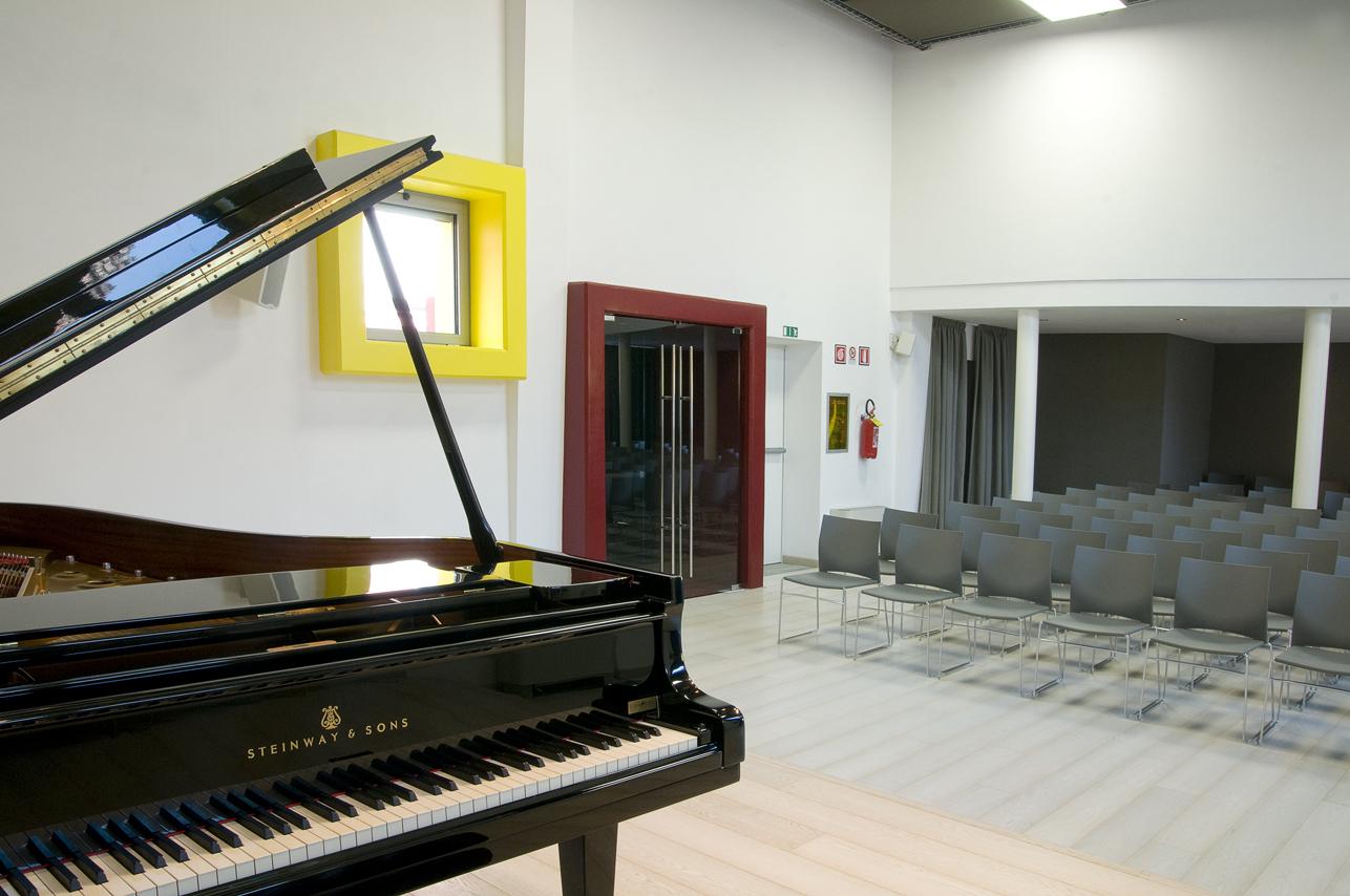 auditorium-bottari-lattes-piano